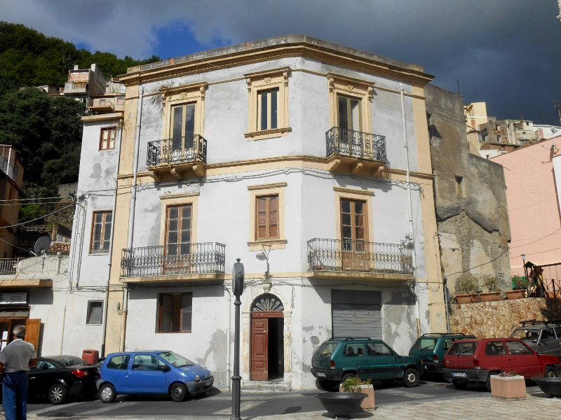 Mansion in the historic village of Itala, Messina, Sicily