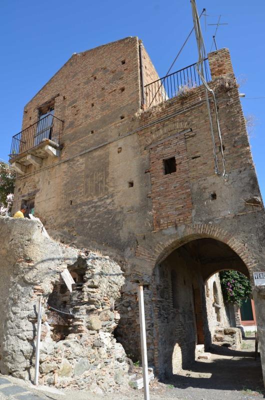Imposing Antique House in Roccalumera (Near Taormina), Sicily