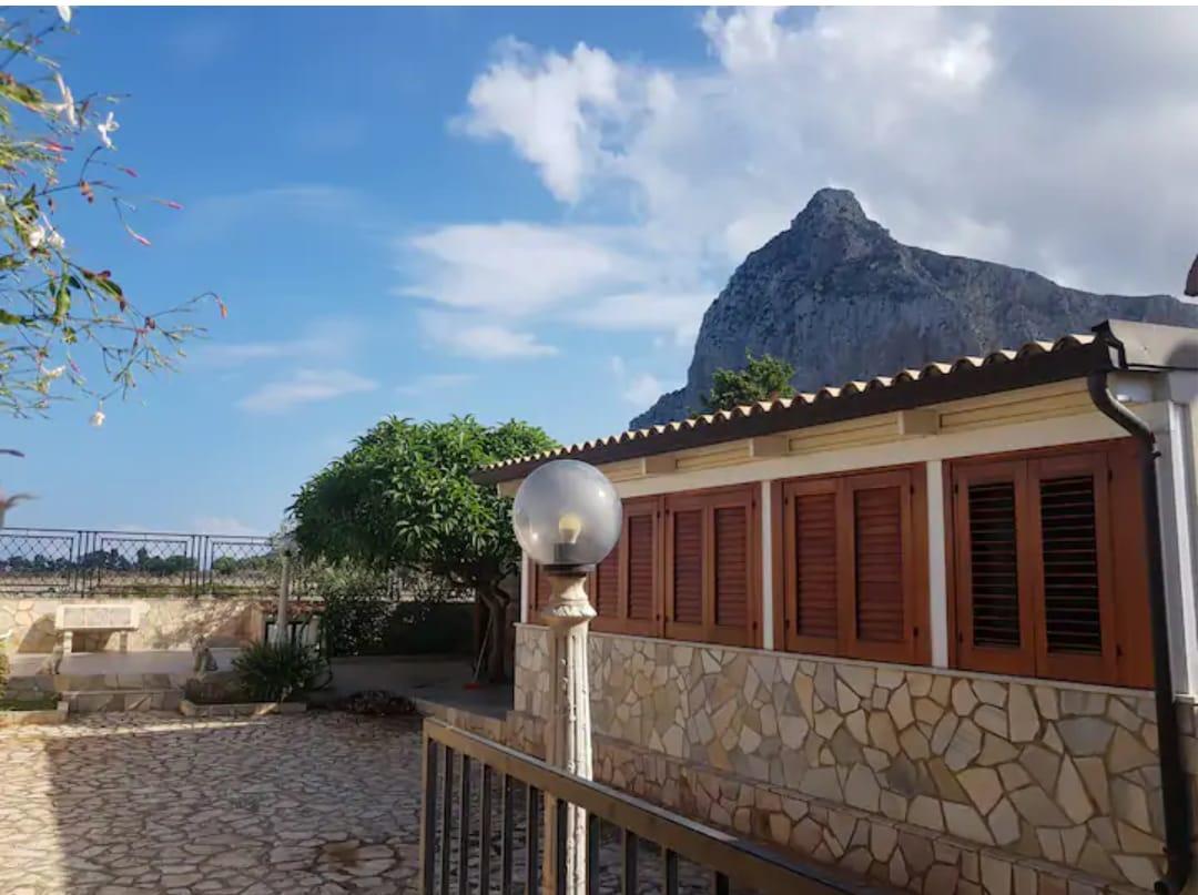 Beautiful Villa in San Vito Lo Capo, (very close to the Beach) Sicily