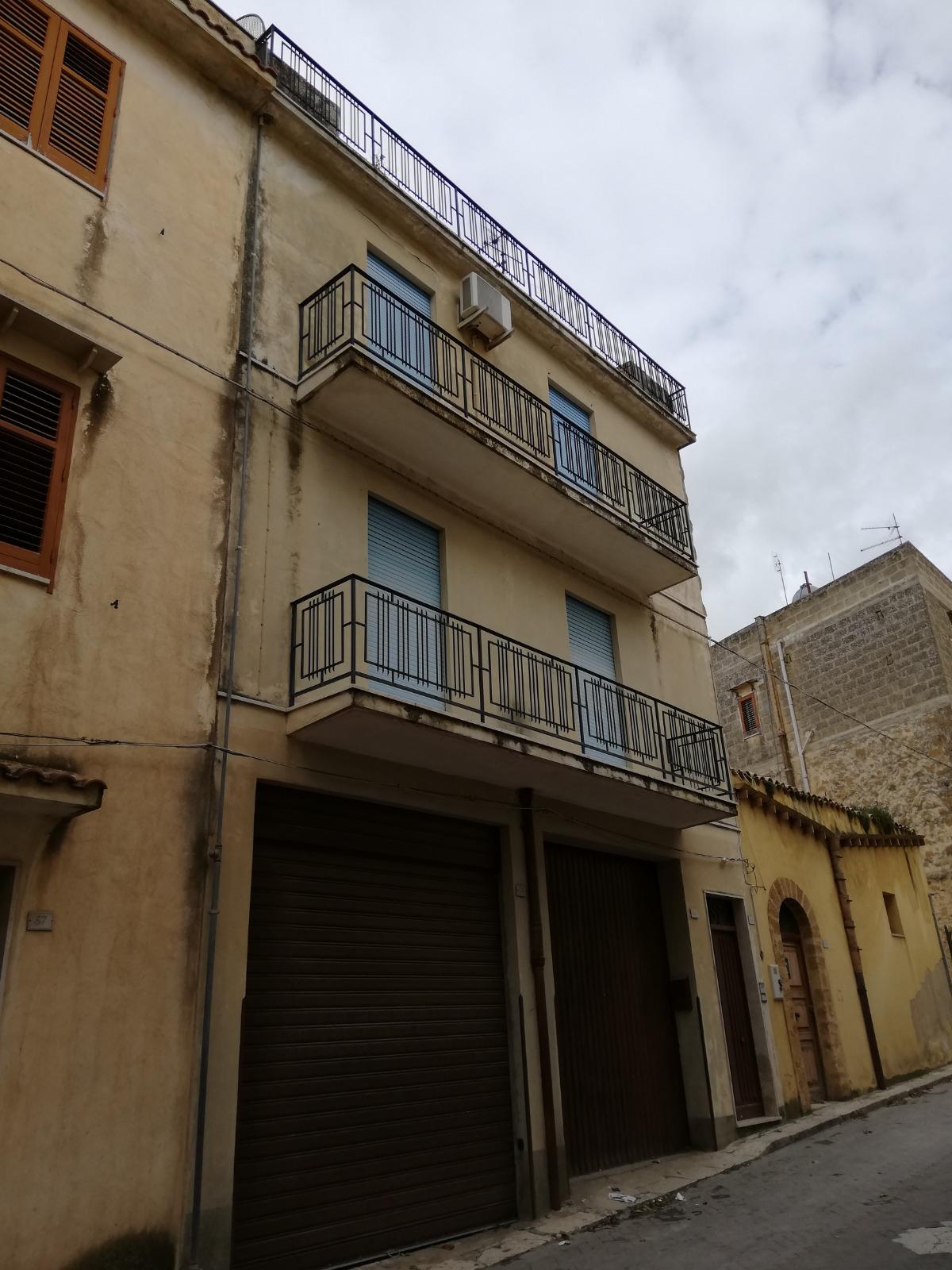 House in Via Belvedere, Sambuca di Sicilia, Sicily